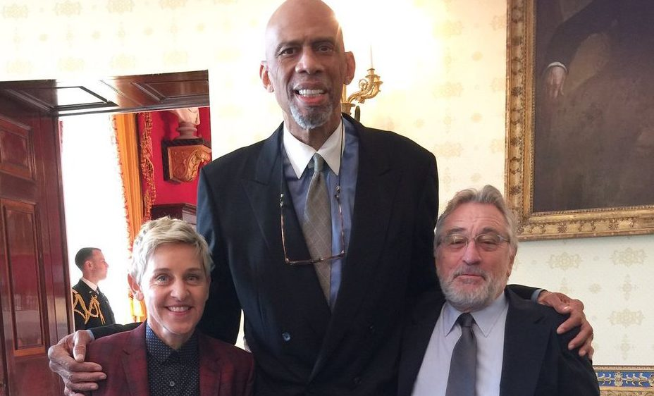 Michael Jordan, Kareem Abdul Jabbar, Ellen Degeneres in White House Mannequin Challenge