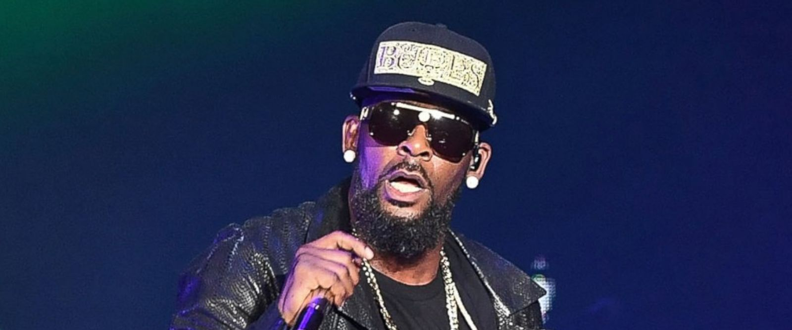 Atlanta Official Calls for Criminal Investigation Into R. Kelly [Watch]