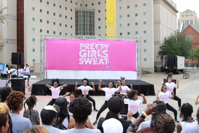 PRETTY GIRLS SWEAT fest Brings Hundreds of Women Together For Fitness In Atlanta